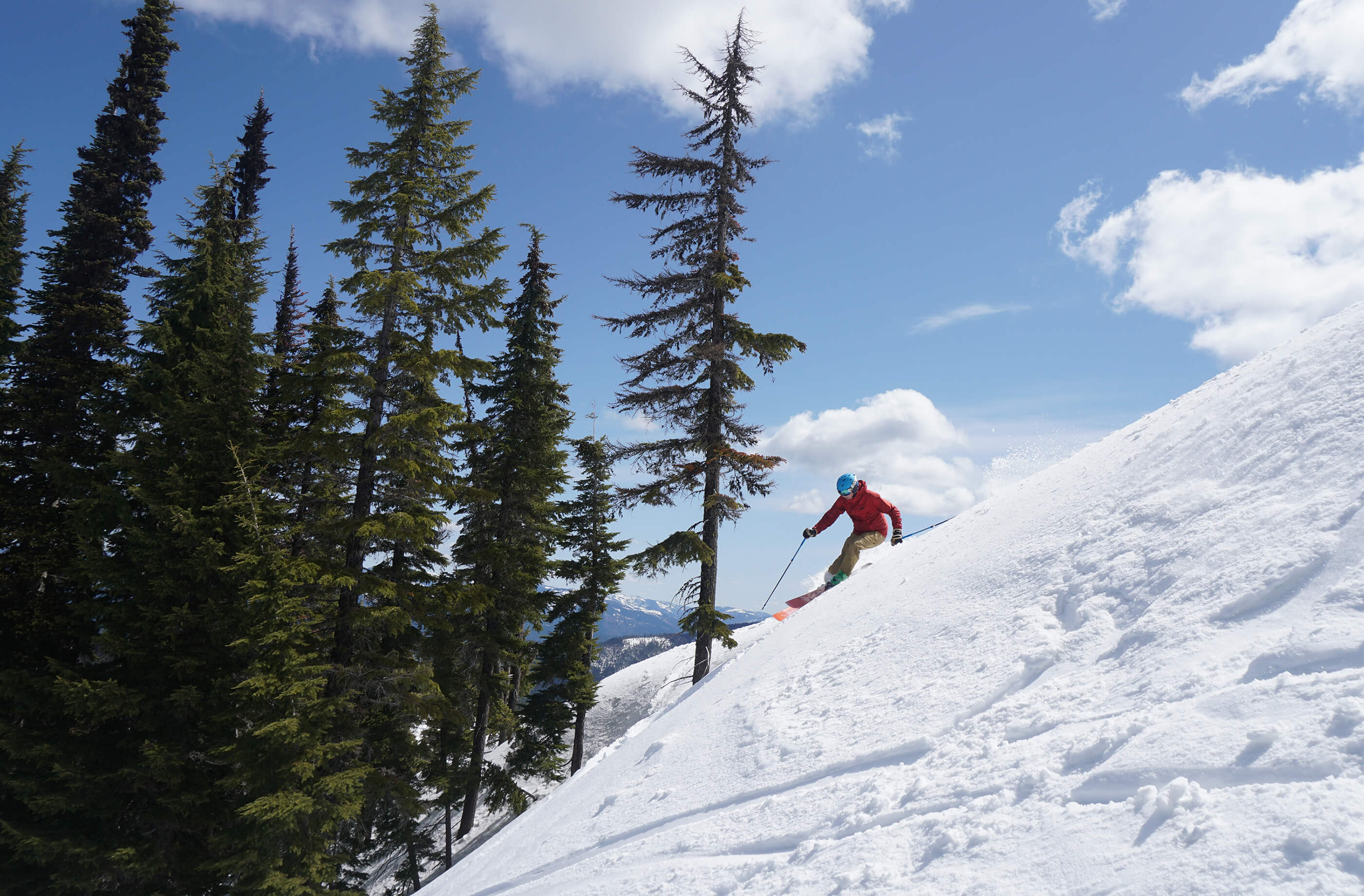 Indy Pass - Discover the Spirit of Skiing