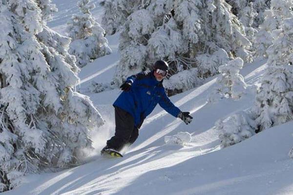 Snow Valley powder snowboard