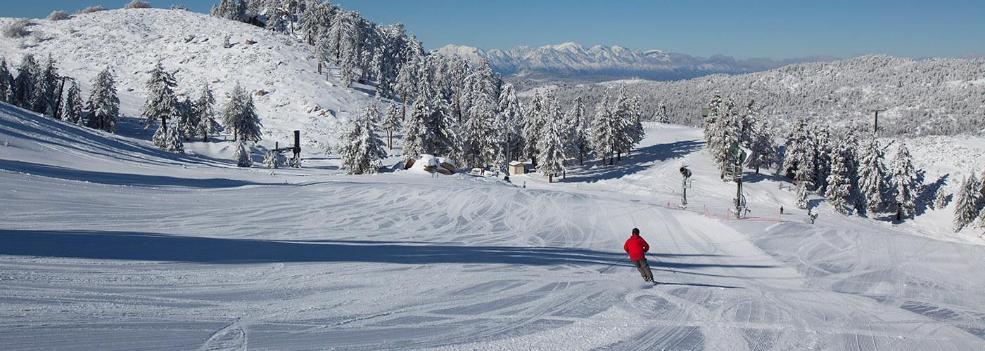 Snow Valley, California - morning groomed run