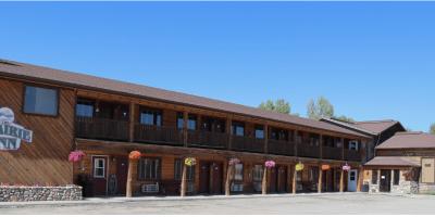 Indy Pass Prairie Inn
